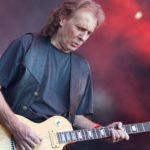 Motorhead Guitarist Eddie Clarke Dead at 67 - Newslibre