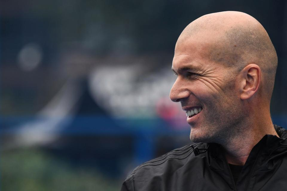 Zidane Hints at Possibility of Returning to Management 2