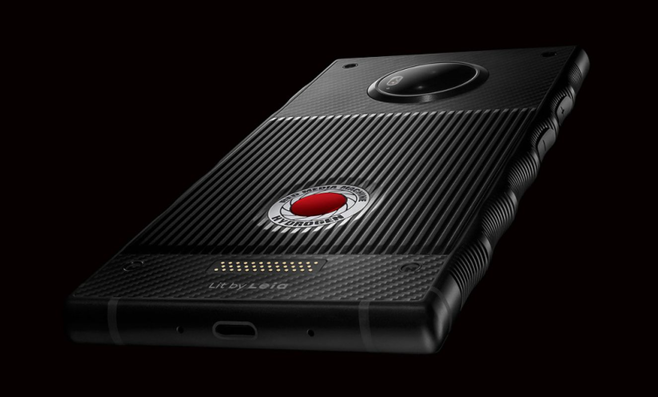 The Red Hydrogen One Review - Newslibre