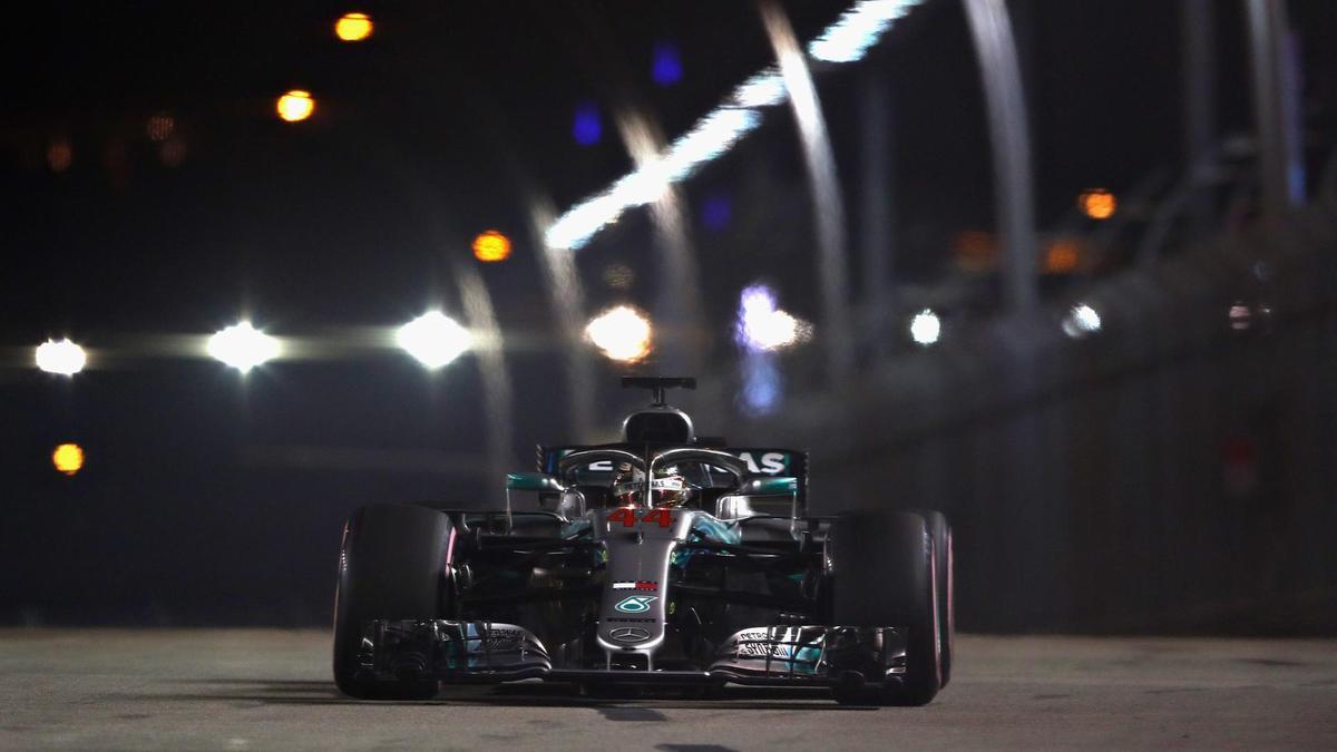 It was All Fireworks for Sebastian Vettel in Singapore GP 3
