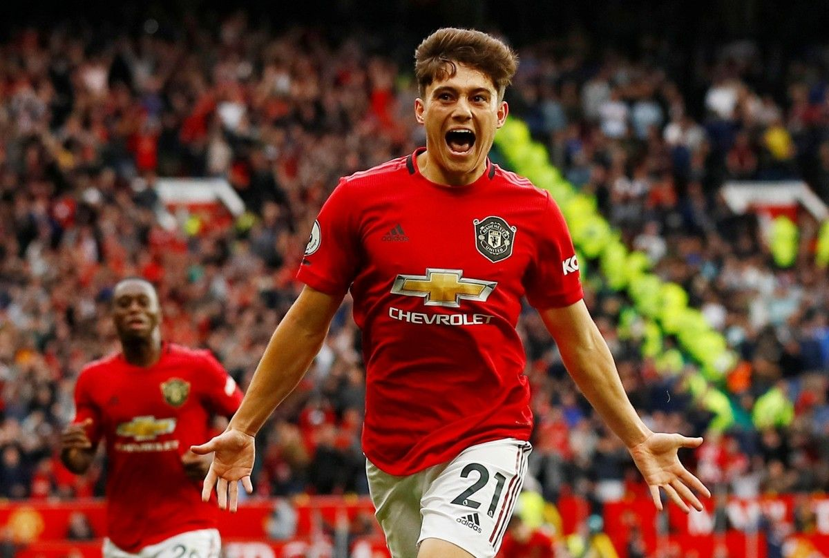 Manchester United In All Sorts of Trouble As Leicester Visit 3
