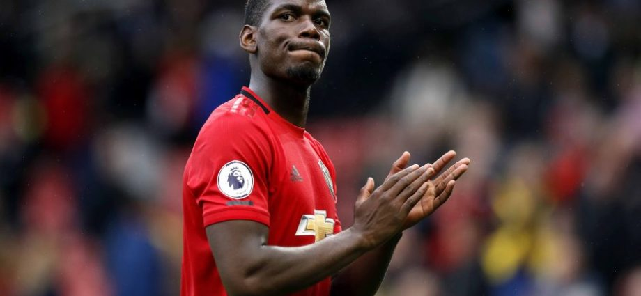 Manchester United In All Sorts of Trouble As Leicester Visit 1