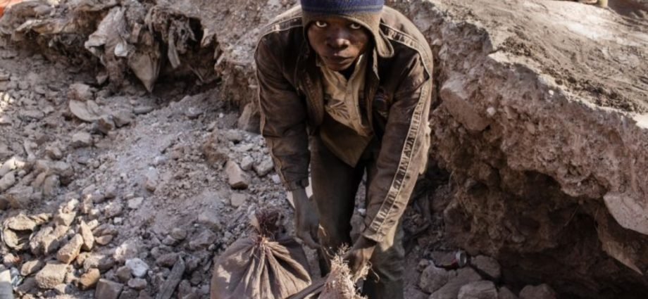 5 Big Tech Companies Facing Serious Lawsuit Over Deaths of Child Miners - Newslibre