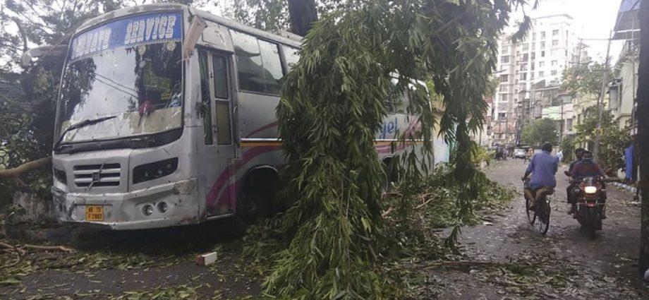 Over 22 Deaths Registered After Cyclone Devastates Kolkata - Newslibre