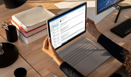 Microsoft's Surface Book 3 Dwarfs Apple's MacBook Pro - Newslibre