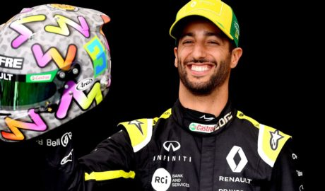 McLaren Sign Daniel Ricciardo as Carlos Sainz Replacement for 2021 Season - Newslibre