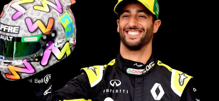 McLaren Sign Daniel Ricciardo as Carlos Sainz Replacement for 2021 Season - Newslibre