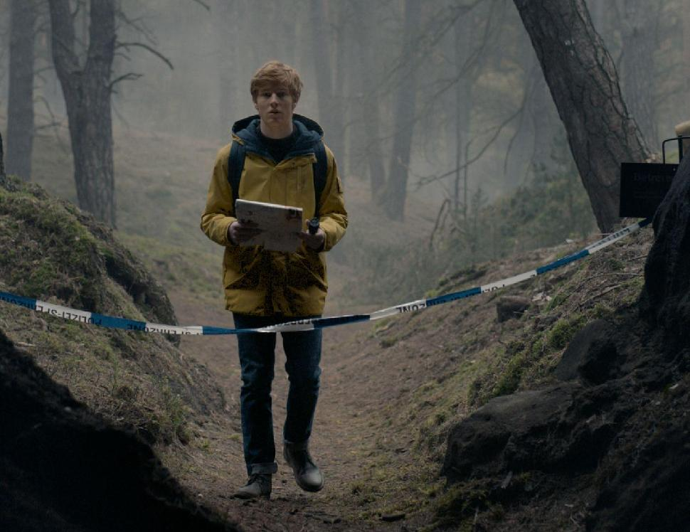 Netflix's Award Winning Apocalyptic TV Show 'Dark' Premieres for a Third Season - Newslibre