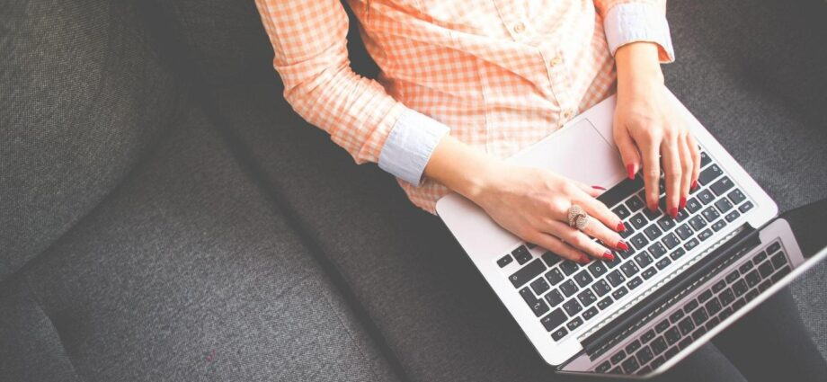 How to Start and Successfully Run a Blog: The Beginners Guide - Newslibre