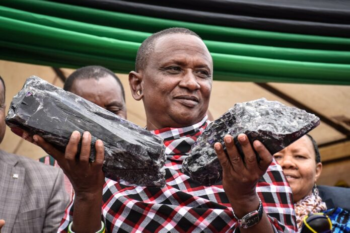 Tanzanian Miner in Another Massive $ 2 Million Bonanza - Newslibre