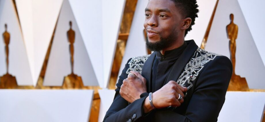 Chadwick Boseman Dead at 43 After Battling with Cancer for 4 Years - Newslibre