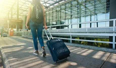 10 Reasons Why Travelling Increases Our Productivity and Happiness - Newslibre