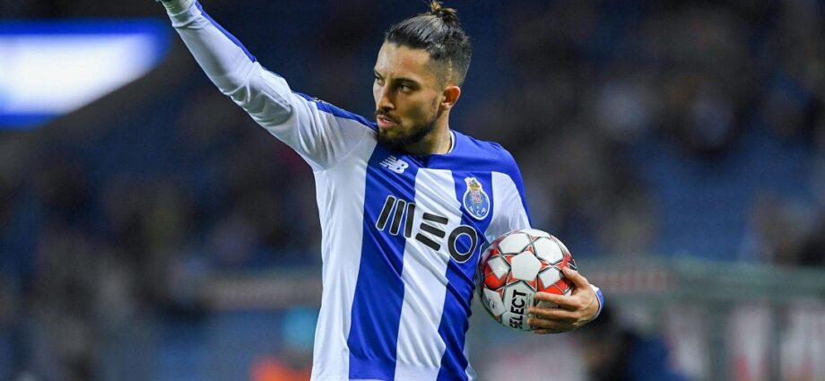 Man United Complete Telles Signing for 17M Pounds - Newslibre