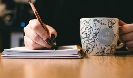 5 Easy Writing Exercises You Can Use To Reset Your Mind When Feeling Down - Newslibre